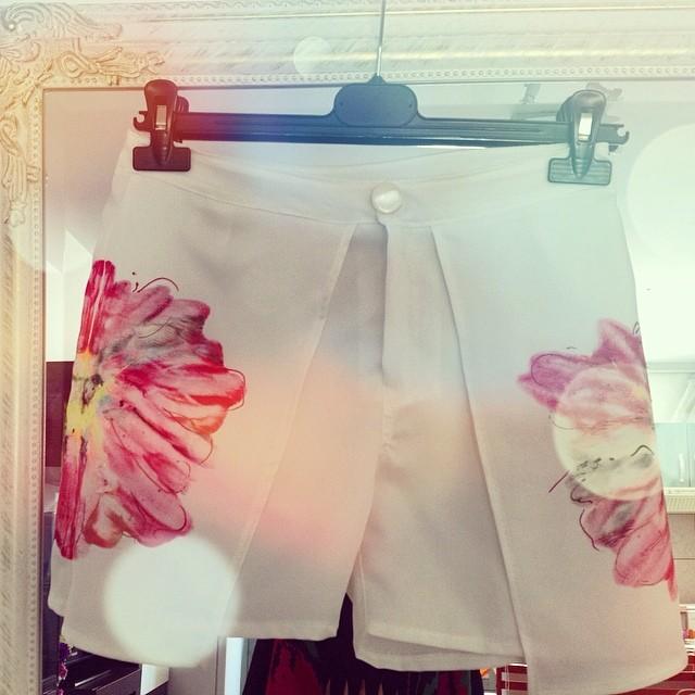 white skort flower print
