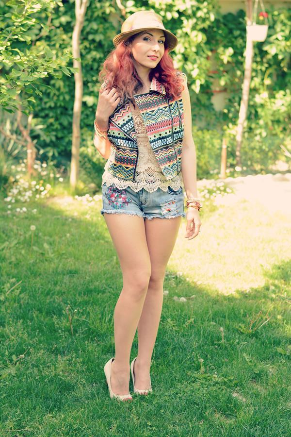 flower shorts boho