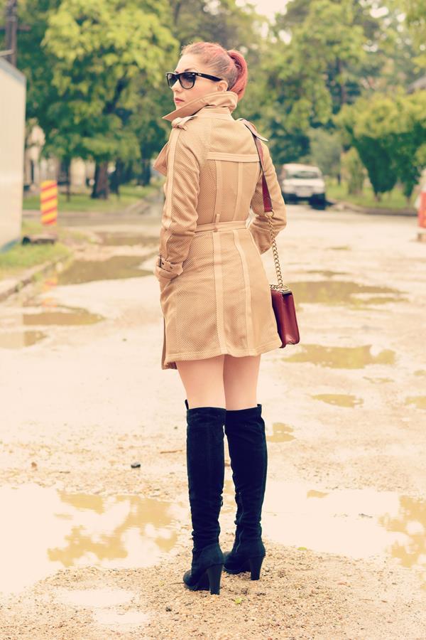 beige mesh jacket
