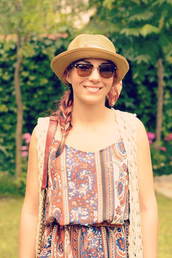 vintage hippie look