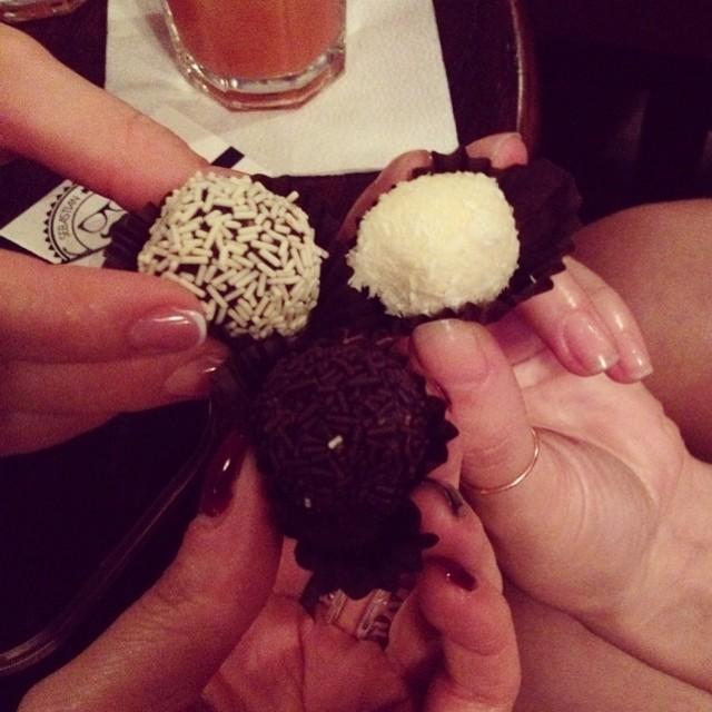 cookies chocolate white