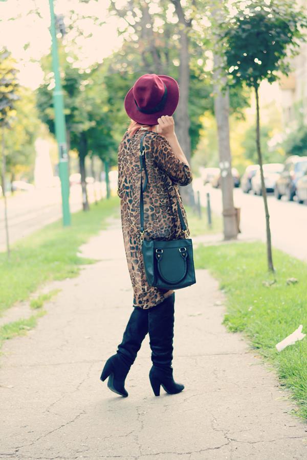 leopard cardigan black boots