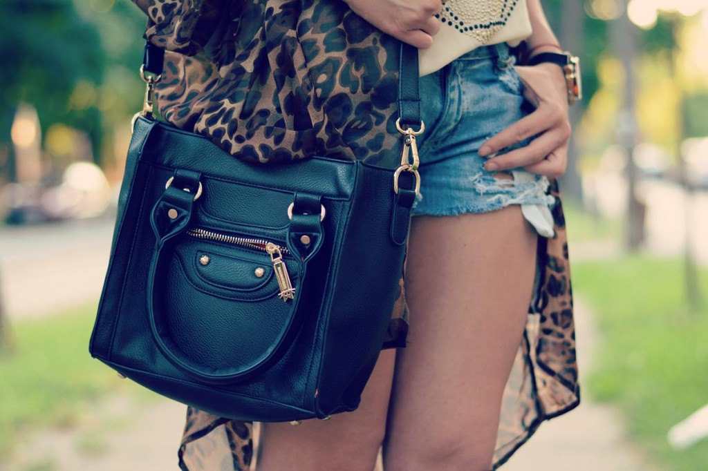 ripped jeans leopard
