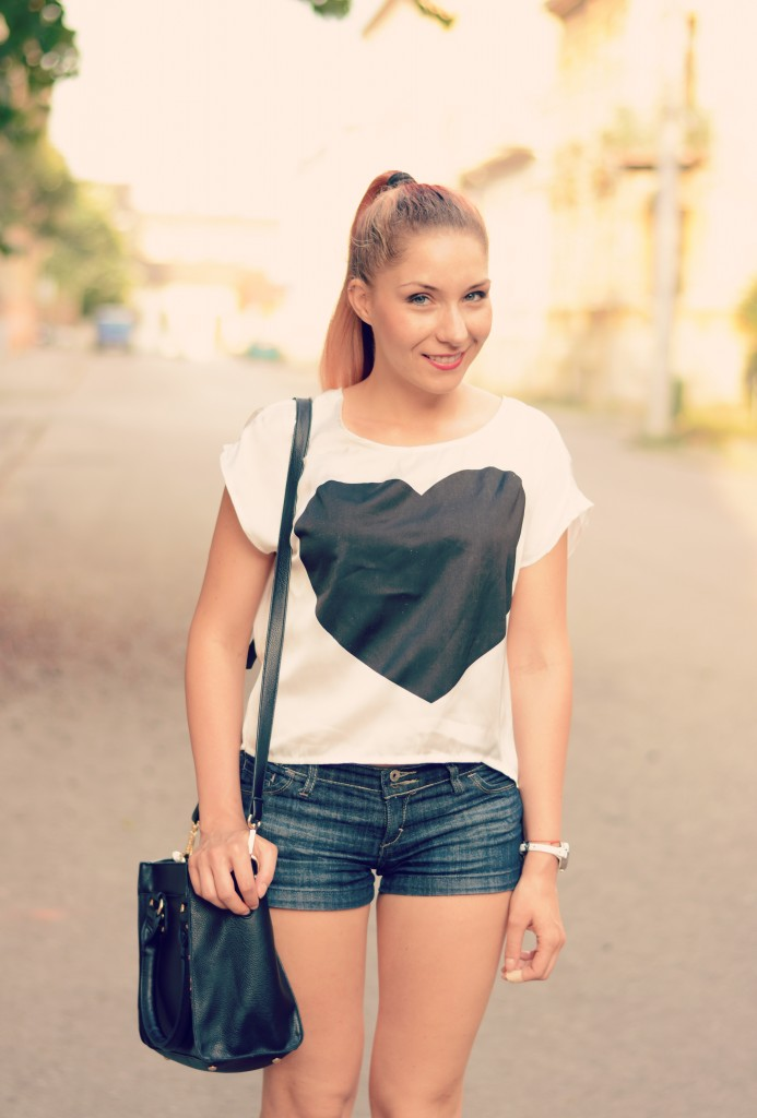 heart printed t shirt