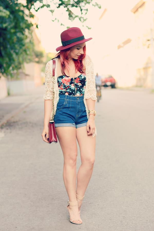 shorts hat lace sweater