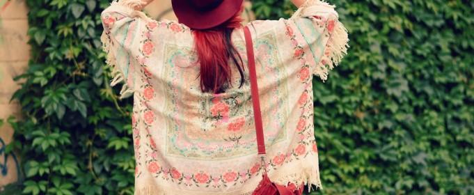 red details fringe kimono