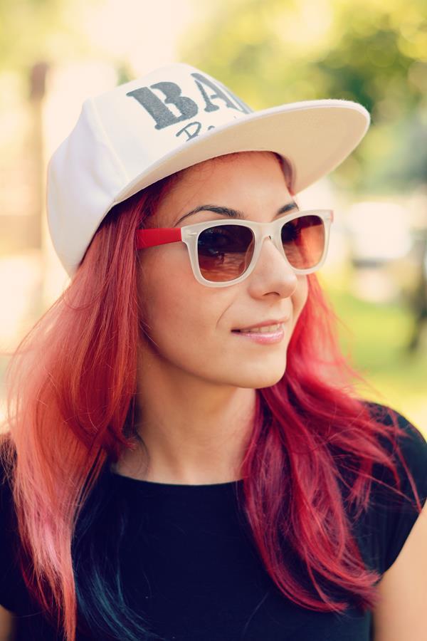 redhead sunglasses colors