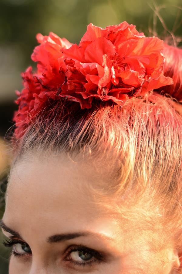 flowers hair details