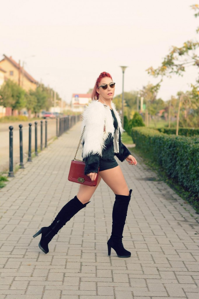 knee high boots fur jacket
