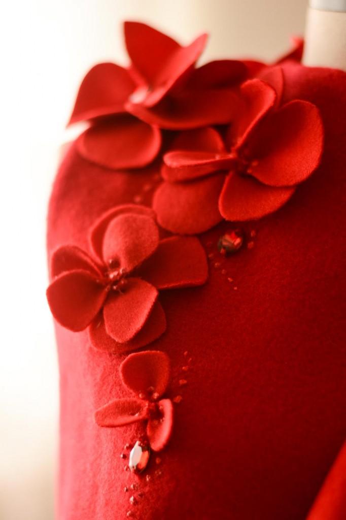 woolen vest crystal flowers