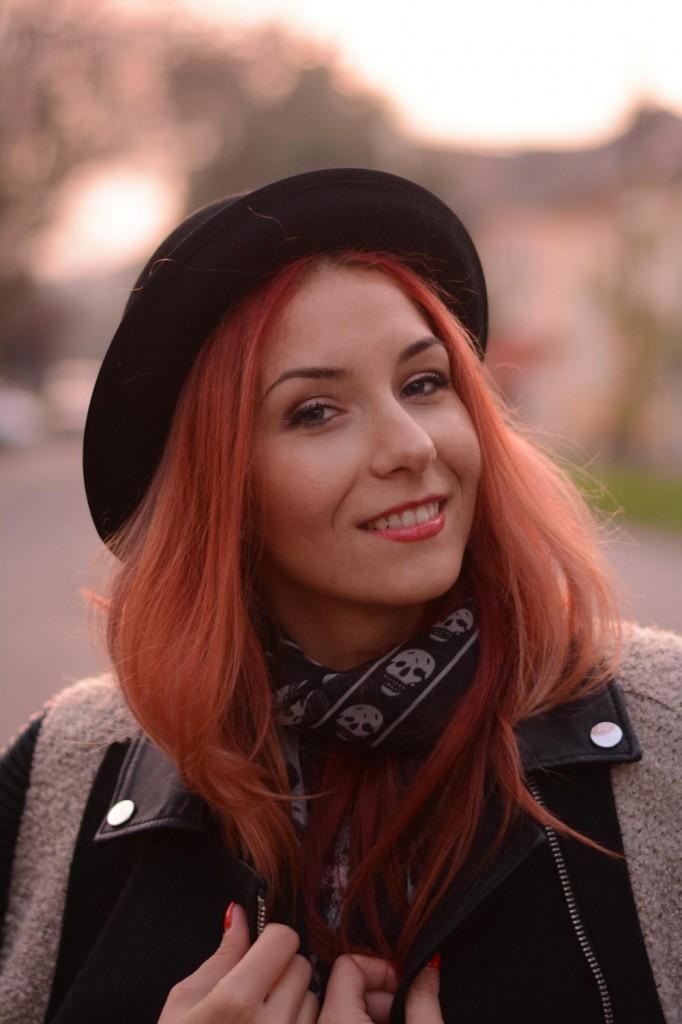 redhead chaplin hat