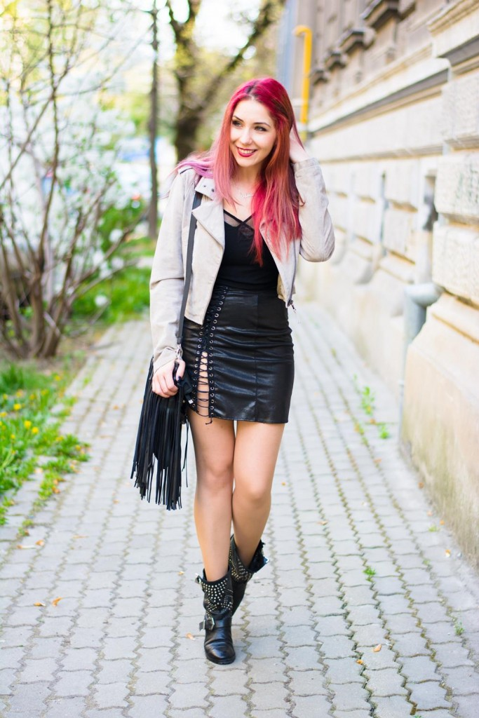 lace up silver skirt