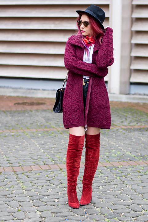 burgundy woolen sweater